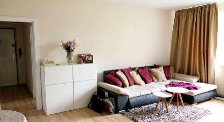 2- izbový byt na Hollého ulici