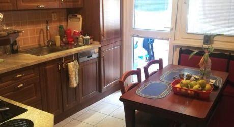 Na predaj veľký prerobený 3 izbový byt Záturčie