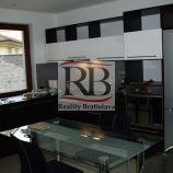 3-izbový apartmán v  v Bratislavskej mestskej časti Devín