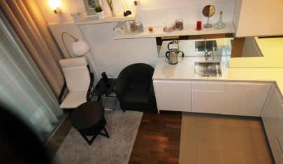 Prenájom – Exkluzívny 1 izbový apartmán v komplexe EUROVEA s výhľadom na Dunaj, parkovanie/Pribinova ul.TOP PONUKA!