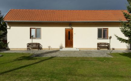 Krásny 2 izbový bezbariérový prízemný dom na prenájom