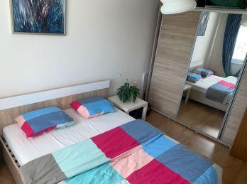 Pekný 3 izbový byt Ľadoveň