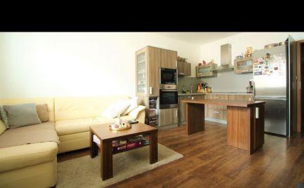 Ponúkame na prenájom 2izbový byt v centre Malaciek