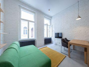 BA I. 2 izbový byt v centre na Dobrovicovej ulici
