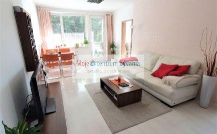moderne prerobený priestranný 3 izb. byt s veľkou kuchyňou aj loggiou (7,3 m2) v perfektnej lokalite v blízkosti všetkého