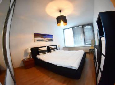 Na predaj 3-izbový byt s lodžiou, 84 m², v komplexe TRI VEŽE, klimatizovaný, Bajkalská ulica + vnútorné parkovacie státie
