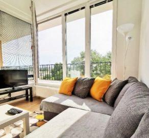 2 izb. byt s balkónom, novostavba - Nový Ružinov, vyhotovený v štandarde