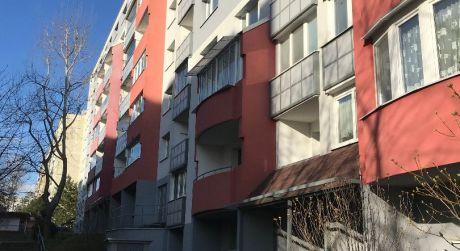 AZAReal Vám ponúka priestranný 2 izbový byt s balkónom na prenájom