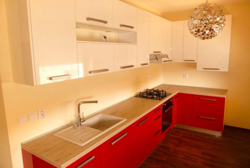 Predaj 4 izbový byt Lučenec-2