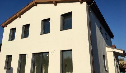 Predaj - 5 izbového rodinného domu  v tichej časti Kittsee - AT. TOP PONUKA.