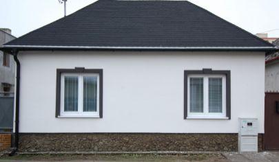 NOVÁ CENA -.Predaj rodinného domu v Malackách s veľkorysým pozemkom