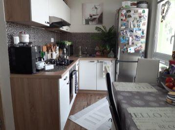 Na predaj pekný, slnečný 3-izbový byt s balkónom v Poprade, Juh III