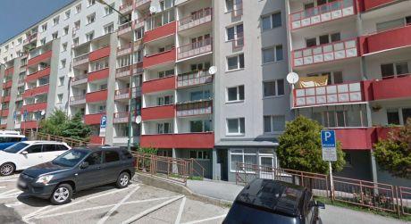 Moderný 3 izbový byt s 2 lodžiami je na prenájom