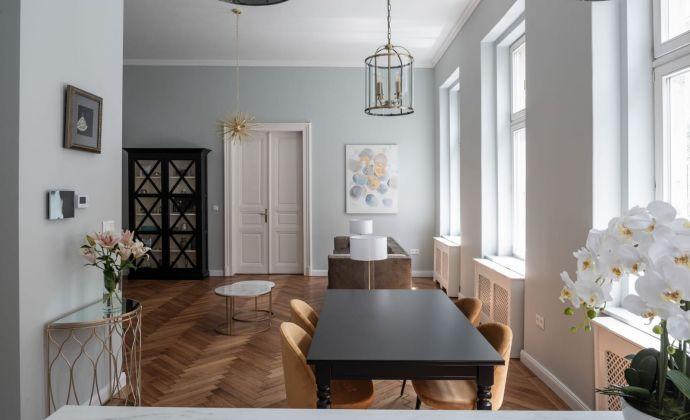Krásny priestranný zariadený 2-izb. byt Tolstého ul. v blízkosti Prezidentského paláca