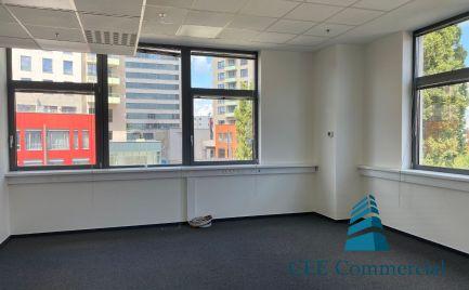 Kompletne zrekonštruovaný kancelársky priestor, Plynárenská ul. 230 m2