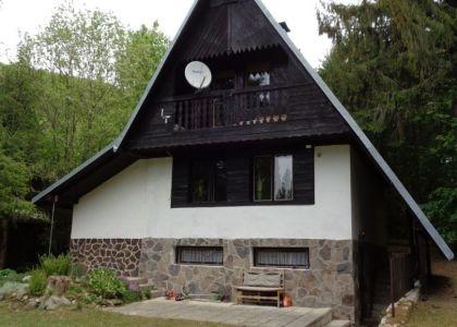 DOMUM - 5i rekreačná chata pre min. 10 os. Krpáčovo - Horná Lehota, rekonštrukcia