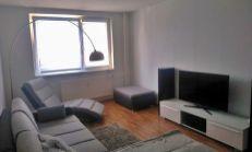 Na predaj čiastočne zrekonštruovaný 3 izbový byt v tichej lokalite- Sibírska ulica.