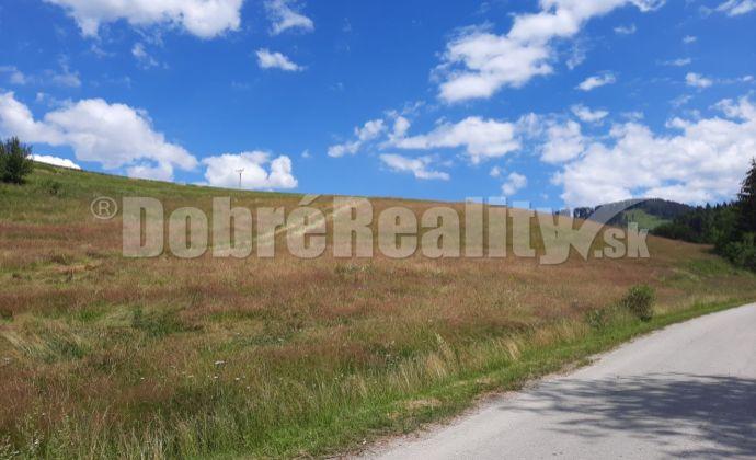 PREDAJ: Pozemok pre rekreačnú výstavbu 2174 m2, Dobroč - Brôtovo, obec Čierny Balog, okres Brezno