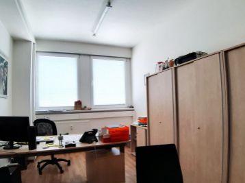 BA Pestovateľská – veľmi pekné kancelárie od  15 m2 – pri IKEA, AVION.