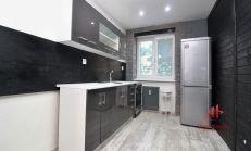 Tehlový čerstvo zrekonštruovaný 2 izbový byt, Komárno