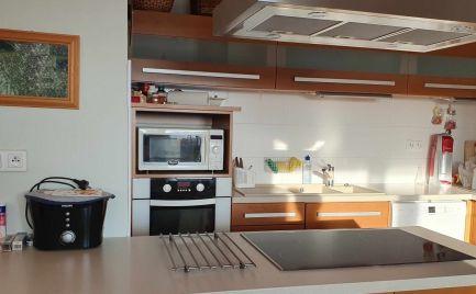 Ponúkame Vám na predaj pekný zariadený veľký 2 izbový byt Nitra - širšie centrum