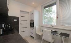 1 izbový byt, kvalitná rekonštrukcia, Nové Zámky