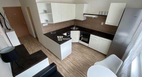 predané - veľmi pekne zrekonštruovaný 1 izbový byt - Malá Praha