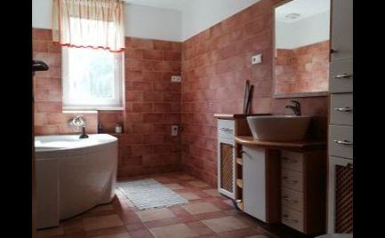 Slnečný 3.izbový byt centrum Malacky