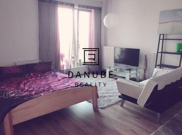 Prenájom priestranný 1-izbový apartmán v novostavbe v Bratislave-Petržalke na Antolskej.