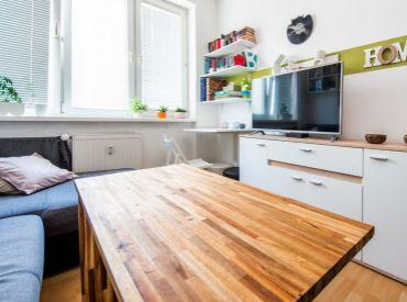 2i byt, 30 m2 – BA- Nové Mesto: zaujímavá dispozícia na menšom priestore s výborným dopravným spojením