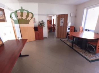 PRENÁJOM, administratívne priestory v širšom centre Prešova ul. Masarykova 20