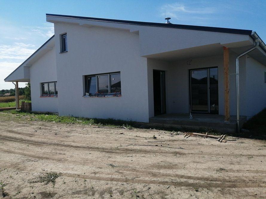Rodinný dom-Predaj-Lehnice-158800.00 €