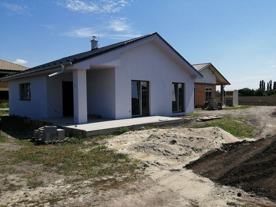 Rodinný dom-Predaj-Lehnice-138000.00 €
