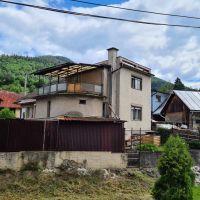 Rodinný dom, Ľubietová, 160 m², Pôvodný stav