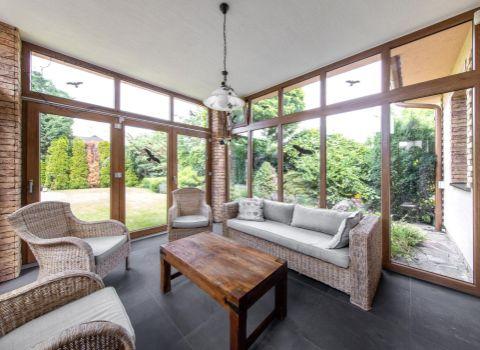 PREDANÝ- Na predaj príjemný 4 izbový rodinný dom s 3D PREHLIADKOU so zimnou záhradou v tichej časti Senca