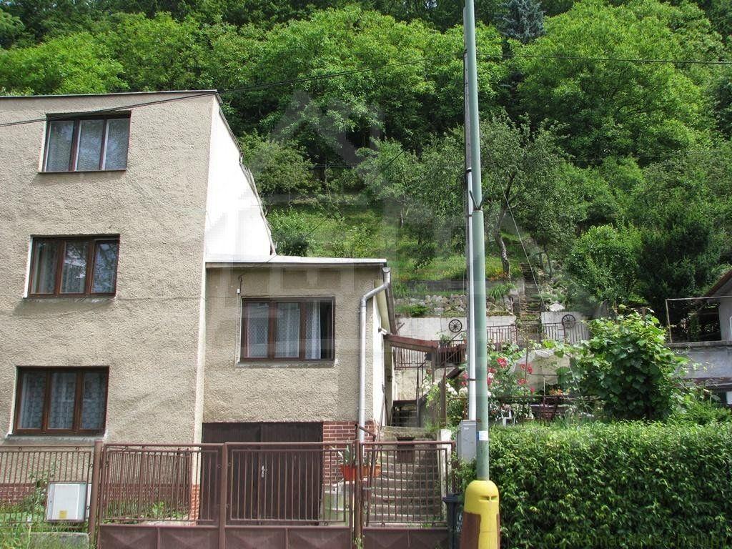 Rodinný dom-Predaj-Trenčianske Teplice-143 000 €