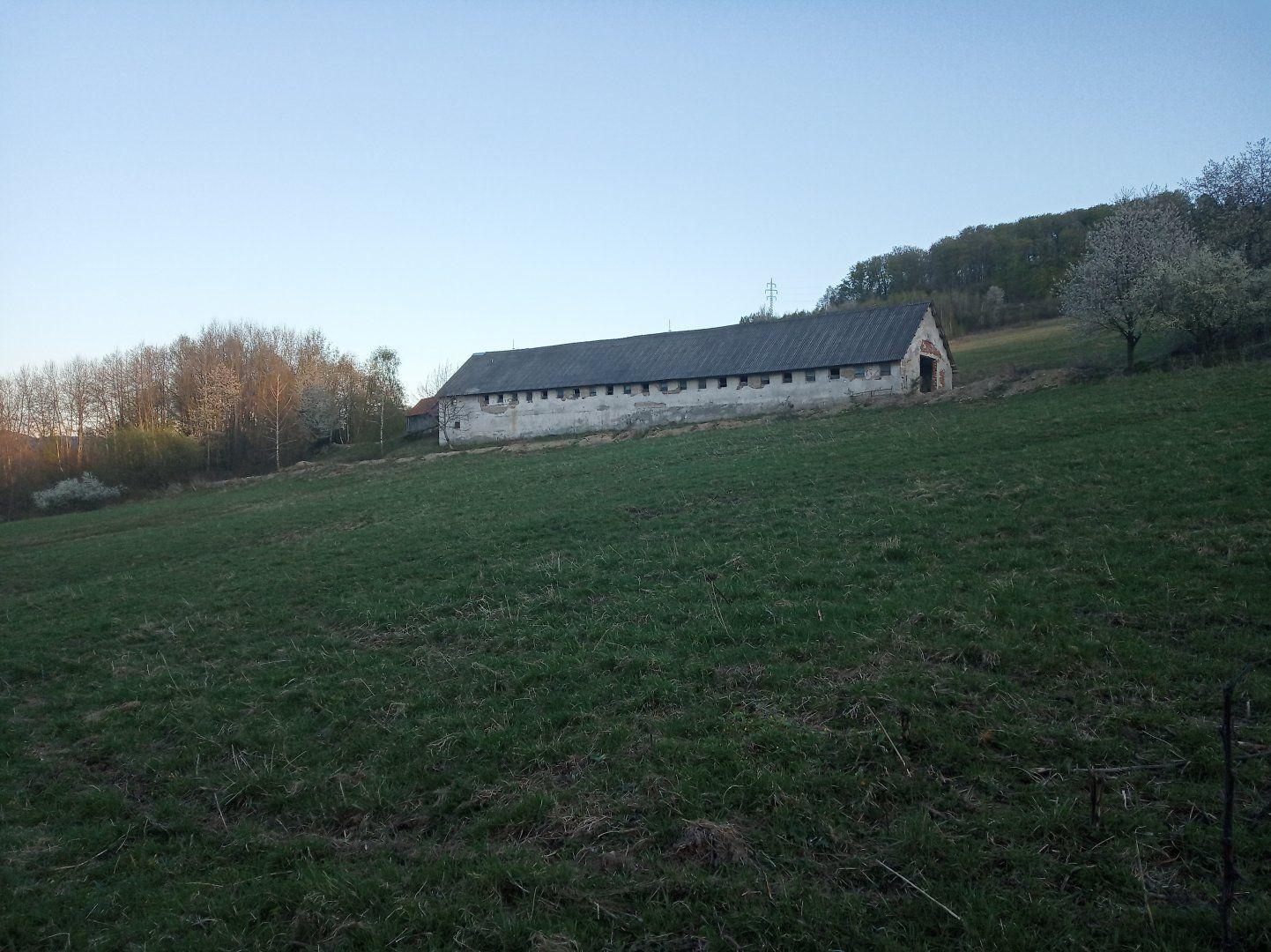 Poľnohospodársky objekt-Predaj-Mýtna-30000.00 €