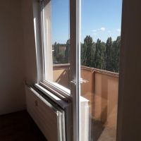 2 izbový byt, Komárno, 62 m², Čiastočná rekonštrukcia