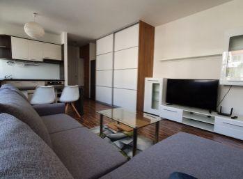 Zariadený 1-izb. byt s klimatizáciou v 9-ročnej novostavbe na Muškáte