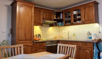 Na predaj viac generačný rodinný dom Podunajské Biskupice