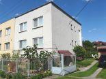 Kriváň  - rodinný dom s veľkou záhradou, garážami a prístavbami, 712 m2 – predaj