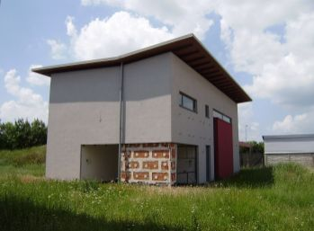 Predáme 5 izb. moderný nízkoenergetický dom v Senci