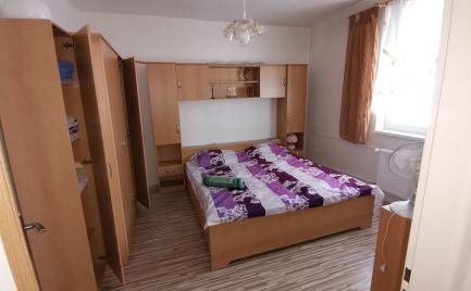 AOA Real – 2-izbový byt,  50,81 m2, vyhľadávaná  lokalita, kompletná rekonštrukcia, obec Zlatno,  okres Poltár