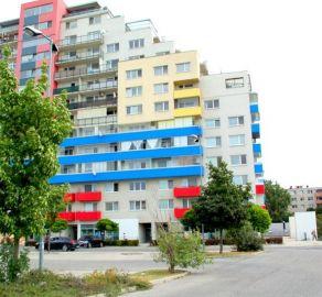 StarBrokers – PREDAJ: 5 izb. byt  s terasou, 3 x parkovacie miesto - Saratovská ul., Bratislava Dúbravka