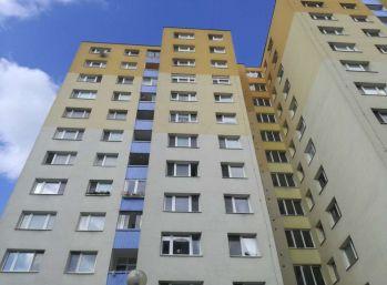 BA V. Petržalka - 3 izbový byt na Osuského ulici