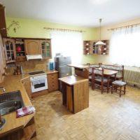 Rodinný dom, Laskár, 300 m², Čiastočná rekonštrukcia