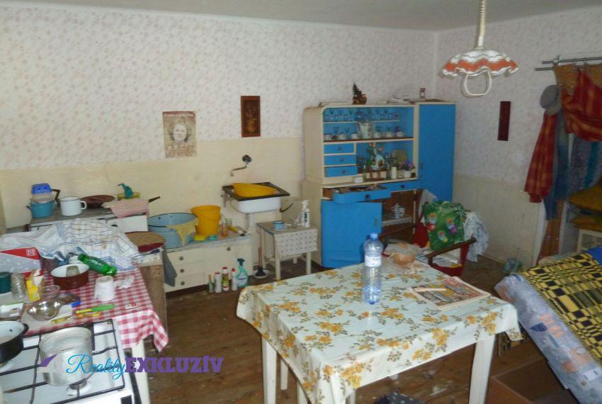 Predaj Rodinné domy Točnica-5