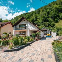 Rodinný dom, Tajov, 339 m², Čiastočná rekonštrukcia