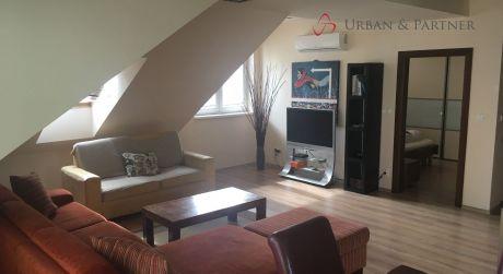 Predaj 3 izbového mezonetového bytu s terasou na Svätoplukovej ulici v širšom centre