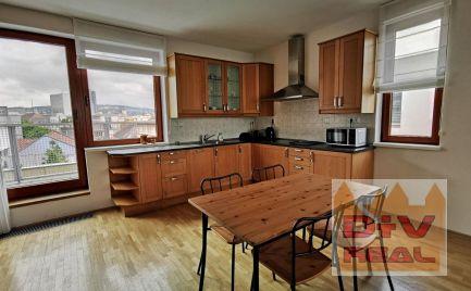 3 izbový byt, Dunajská ulica, Bratislava I, Staré Mesto, zariadený, terasa, parkovanie, na prenájom